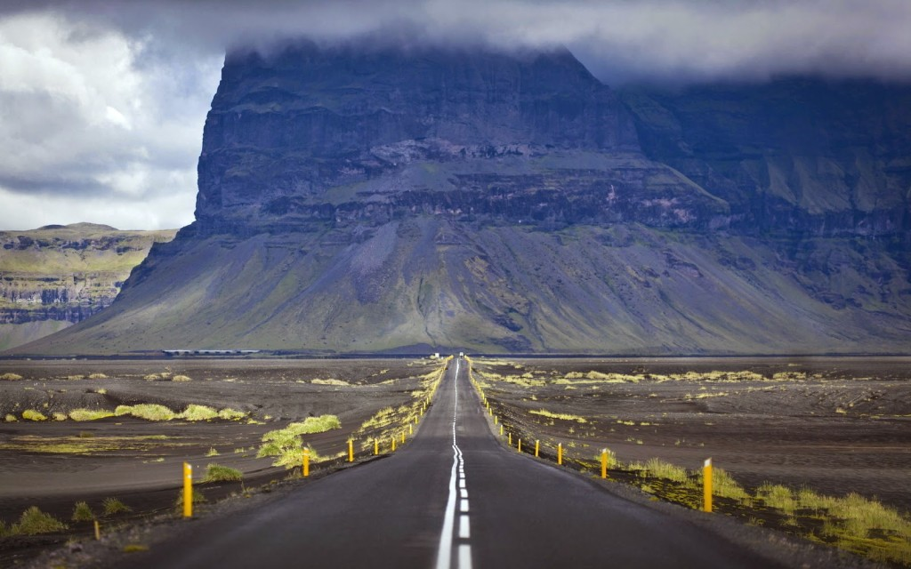 8873650-road-canyon-landscape